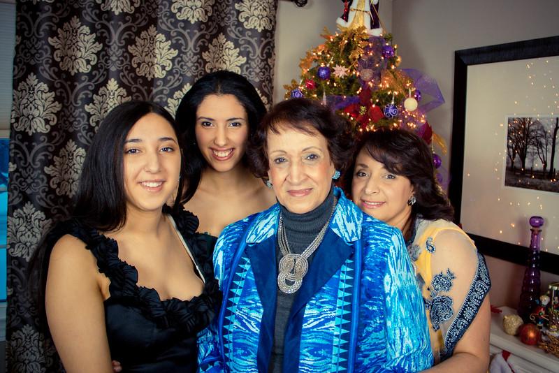 mansourfamily15.jpg