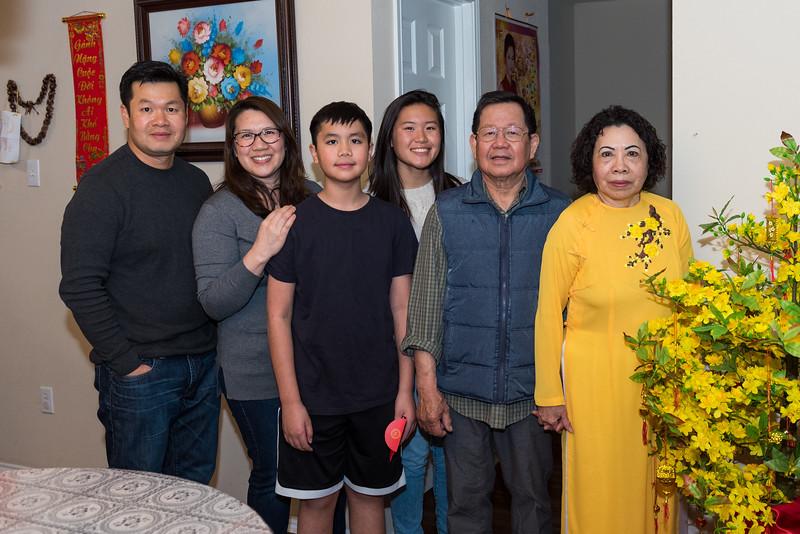 20190210_tet-vo-family_053.JPG