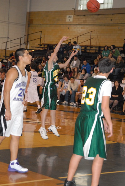 2008-02-17-GOYA- Basketball-Tourney-Warren_300.jpg