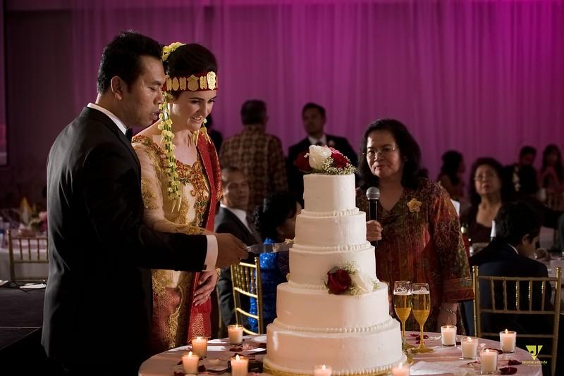 Wedding of Elaine and Jon -676.jpg