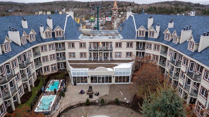Mont-Tremblant-Quebec-Cabriolet-02.jpg