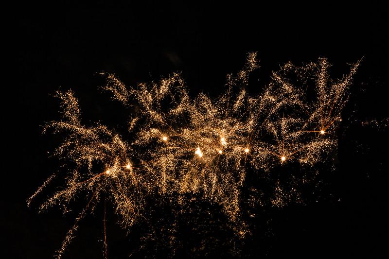 2018 - Dunorlan Park Fireworks 013_