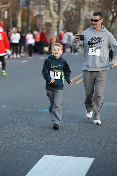 Toms River Police Jingle Bell Race 2015 - 01204.JPG