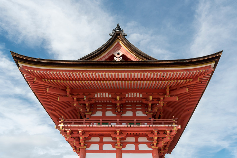 Niomon gate of Kiyomizudera (Kiyomizu-dera) Temple, Kyoto, Japan