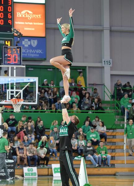 cheerleaders4348.jpg