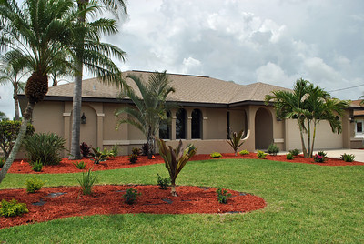 901 SW 52nd St, Cape Coral, FL