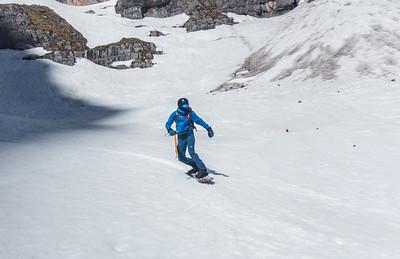 04 04 Skiing from Stenar