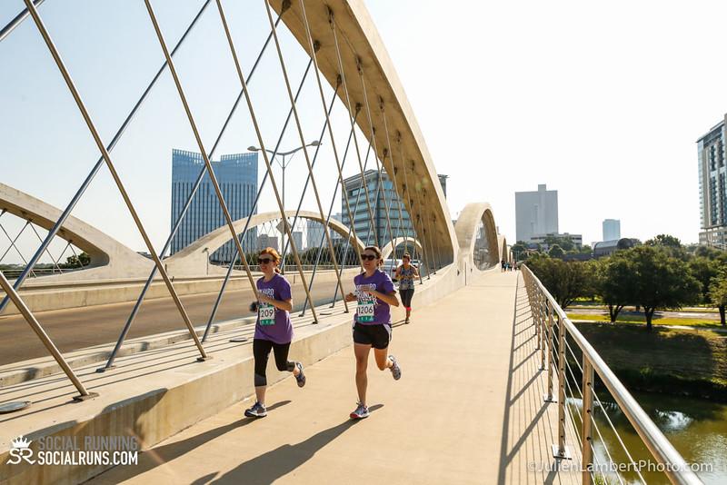 Fort Worth-Social Running_917-0604.jpg