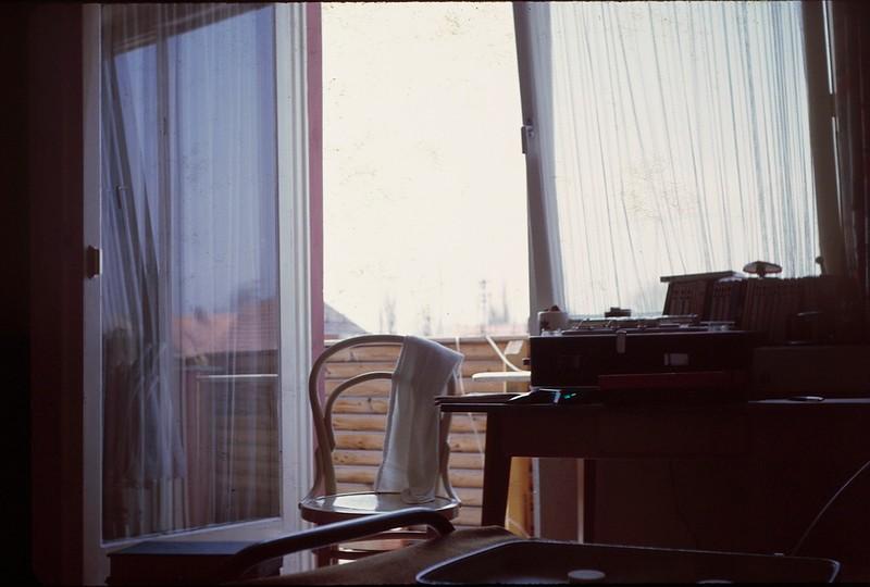 1964 04 Tirchenreuth Phil's room.jpg
