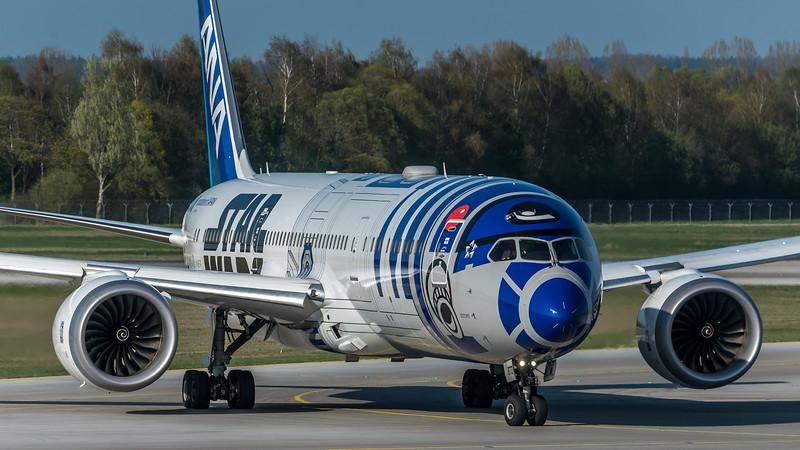 All Nippon Airways / Boeing B787-9 / JA-873A / R2D2 Livery