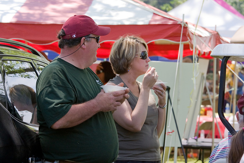 Lynn Howard and Julie