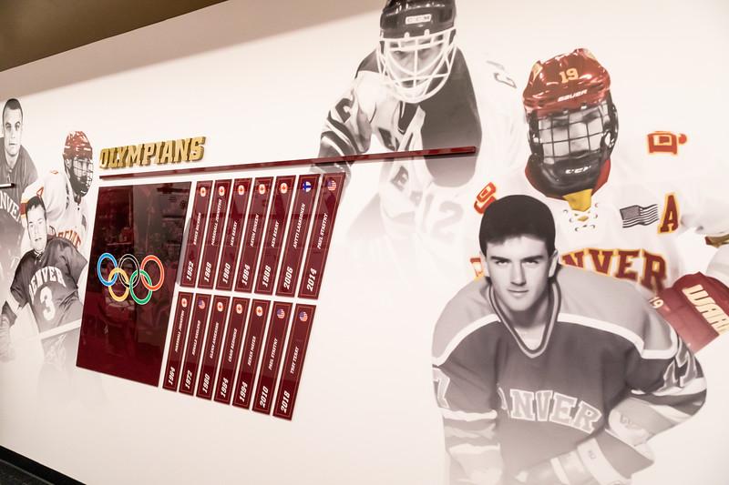 20181103-DU-Hockey-RibbonCutting-119.jpg