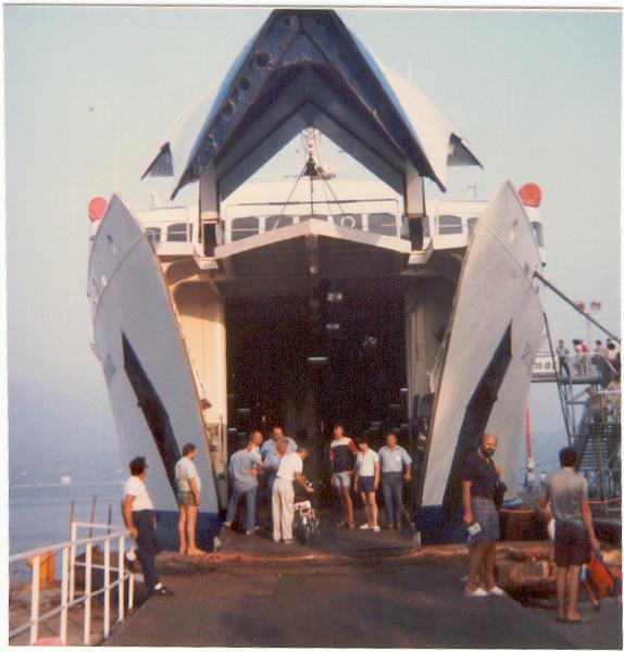 August 1986 : embarking on F/B CAPO BIANCO at Portoferraio on Elba island.
