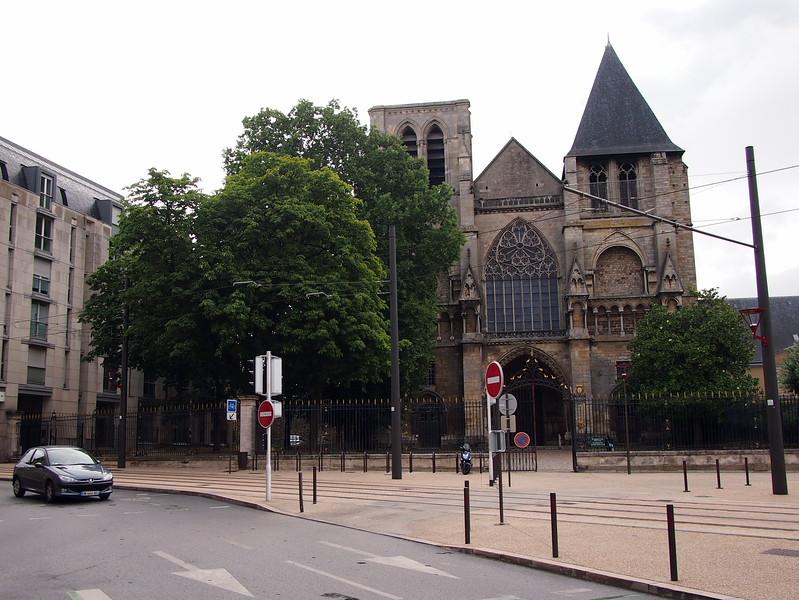 P7276276-st-pierre-et-st-paul-de-la-couture.JPG