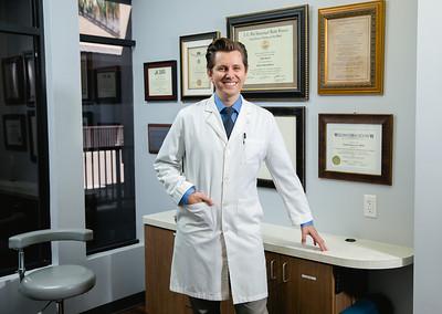 Dr. Kovacik