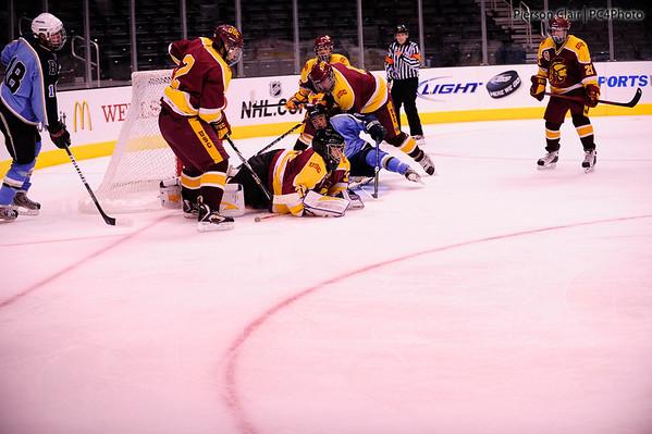 USC Ice Hockey v UCLA @ Staples 2011