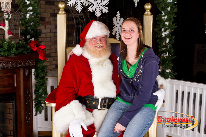 Santa Dec 8-228.jpg