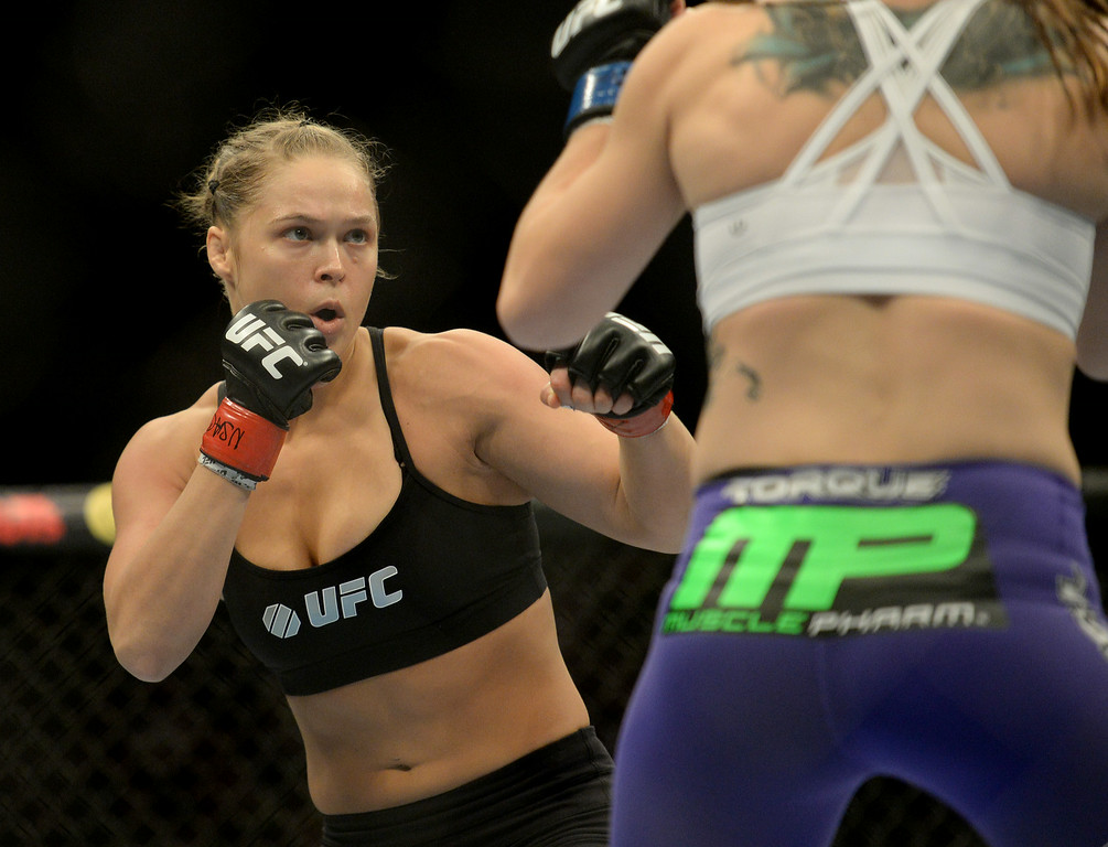 . UFC Women\'s Bantamweight Champion Ronda Rousey defeats  challenger Alexis Davis 16 seconds in to the first round during UFC 175 at the Mandalay Bay Events Center July 5, 2014. (Photo by Hans Gutknecht/Los Angeles Daily News)