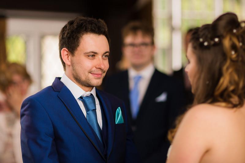 Mayor_wedding_ben_savell_photography_bishops_stortford_registry_office-0062.jpg