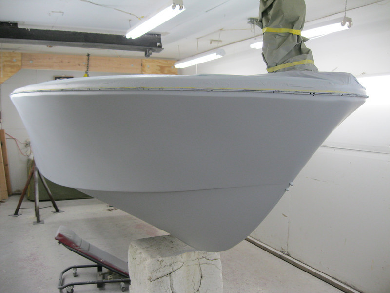 Front starboard view of side and bottom with feather fill applied.