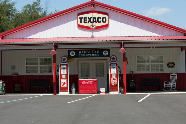 Texaco & Yellow Truck