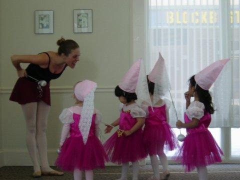 Krisana's ballet class.jpg