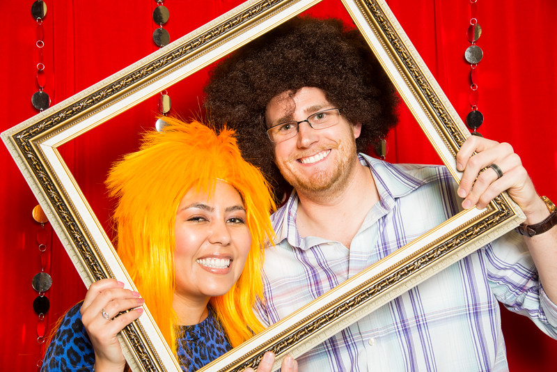 photo booth by Click Happy Productions-4.jpg