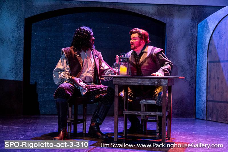 SPO-Rigoletto-act-3-310.jpg