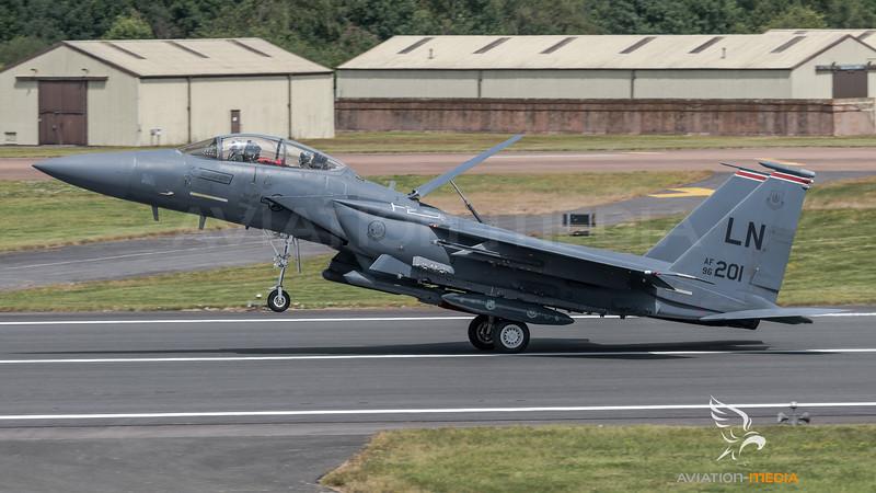 US Air Force 494 FS / Boeing F-15E Strike Eagle / 96-0201 LN