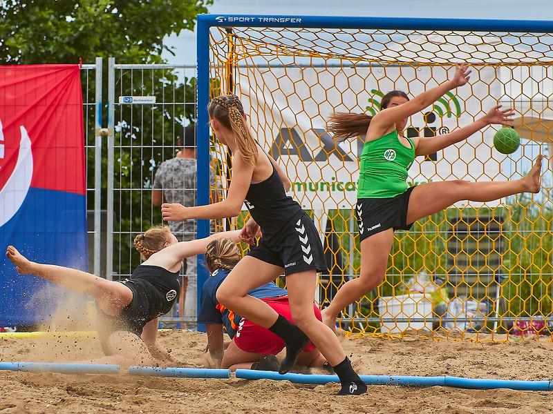 Molecaten NK Beach Handball 2017 dag 1 img 401.jpg
