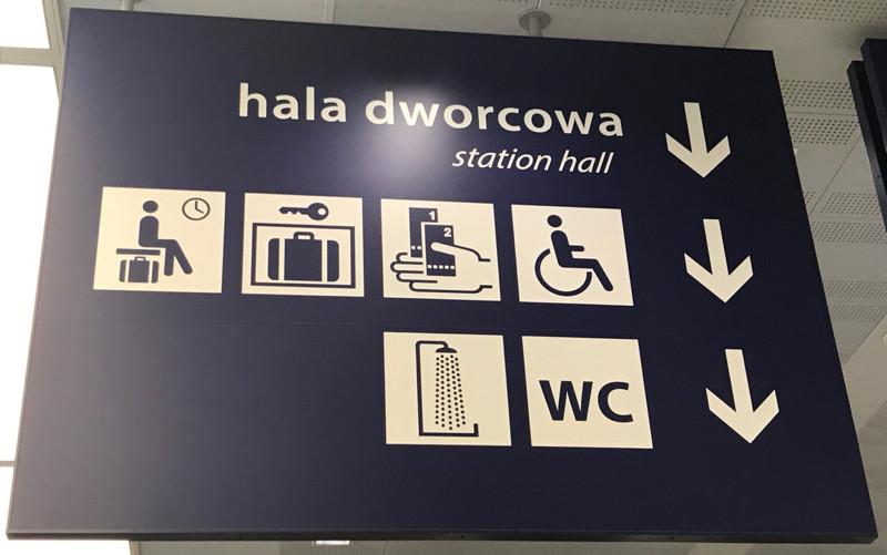 left-luggage-sign.jpg