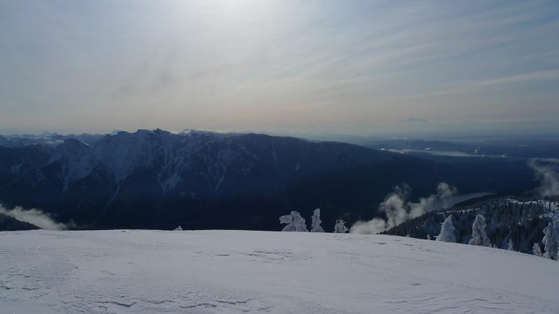 Morning ski on the North Shore.