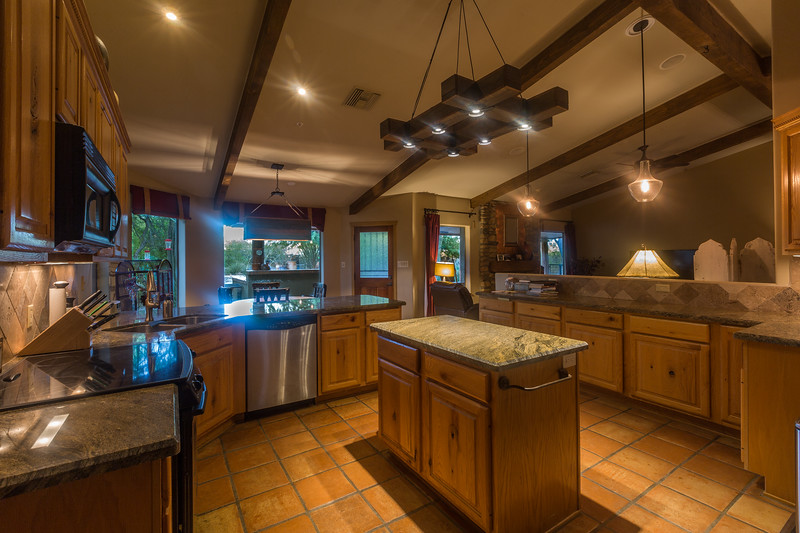 27171 N 64th St-Interior-Kitchen1.jpg