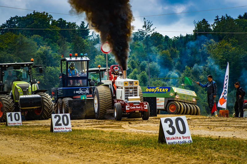 Tractor Pulling 2015-02446.jpg