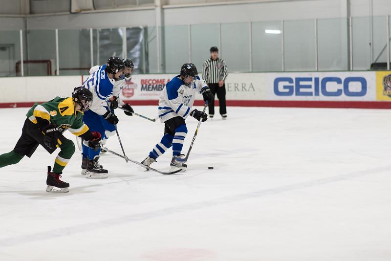 Howard Ice Hockey-175.jpg