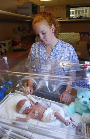 21936 Dr. Graeber- NICU baby- Children's hospital