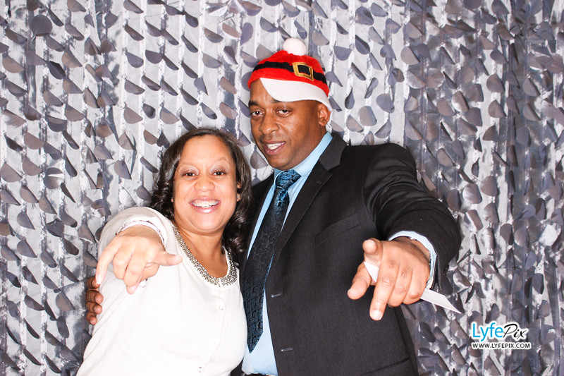 red-hawk-2017-holiday-party-beltsville-maryland-sheraton-photo-booth-0117.jpg