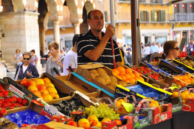 Verona fruit dealer