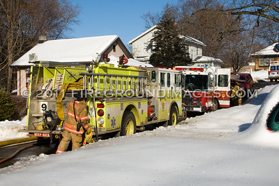 Riverside Dr. Fire (Milford, CT) 2/3/11
