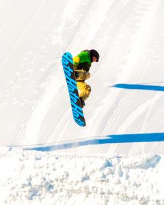 2016 021316 Buck Hill Snowboarding