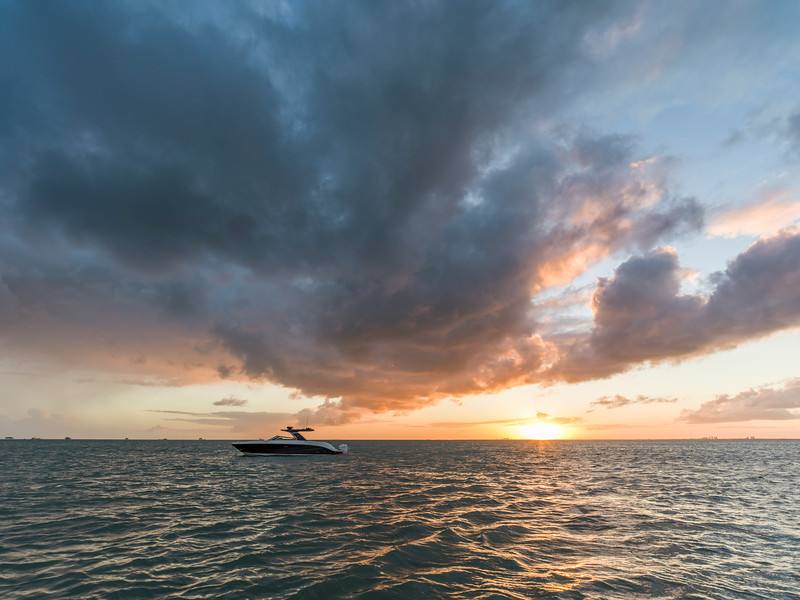 2021-SLX-R-400-e-Outboard-aerial-03.jpg