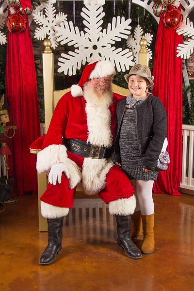 Santa 12-16-17-176.jpg