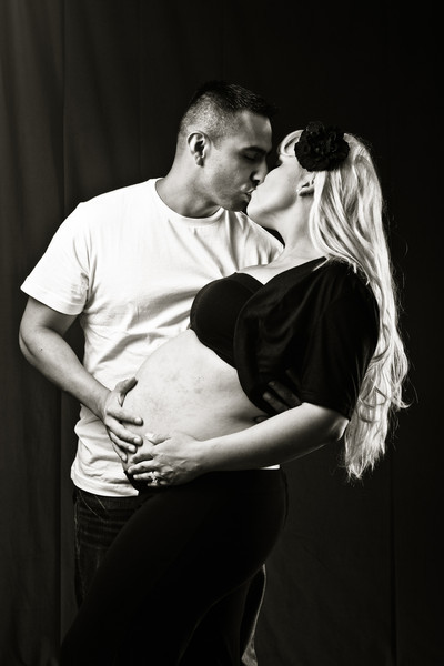 Carmen's Maternity Photos-17-2.jpg