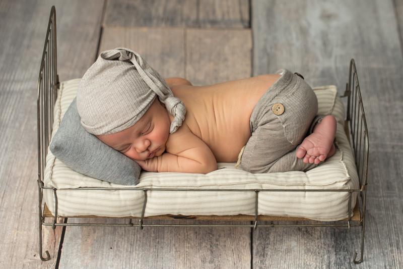 Baby Logan-6.jpg