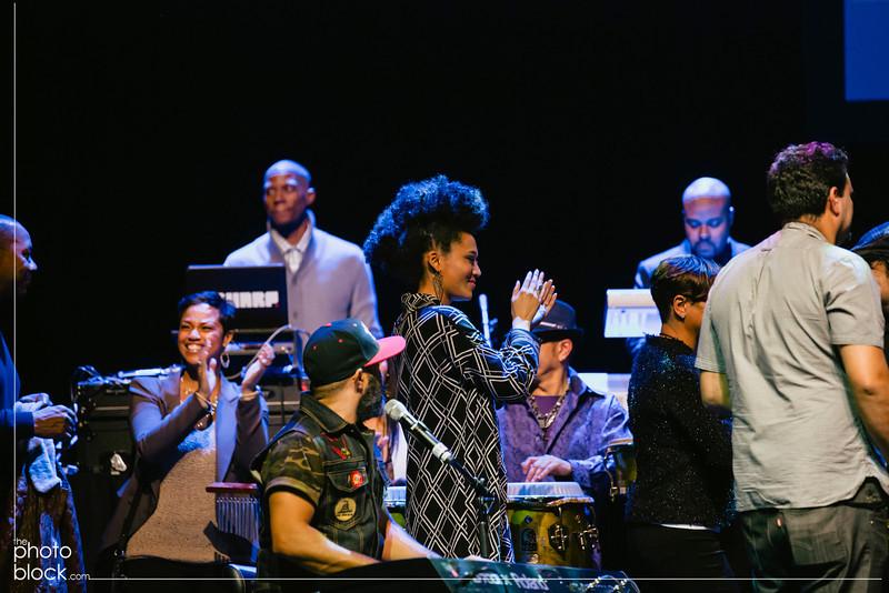 20140208_20140208_Elevate-Oakland-1st-Benefit-Concert-295_Edit_pb.JPG