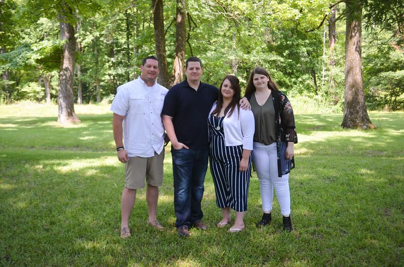 2019.6.14 Stoltz Family Photos-0016.jpg