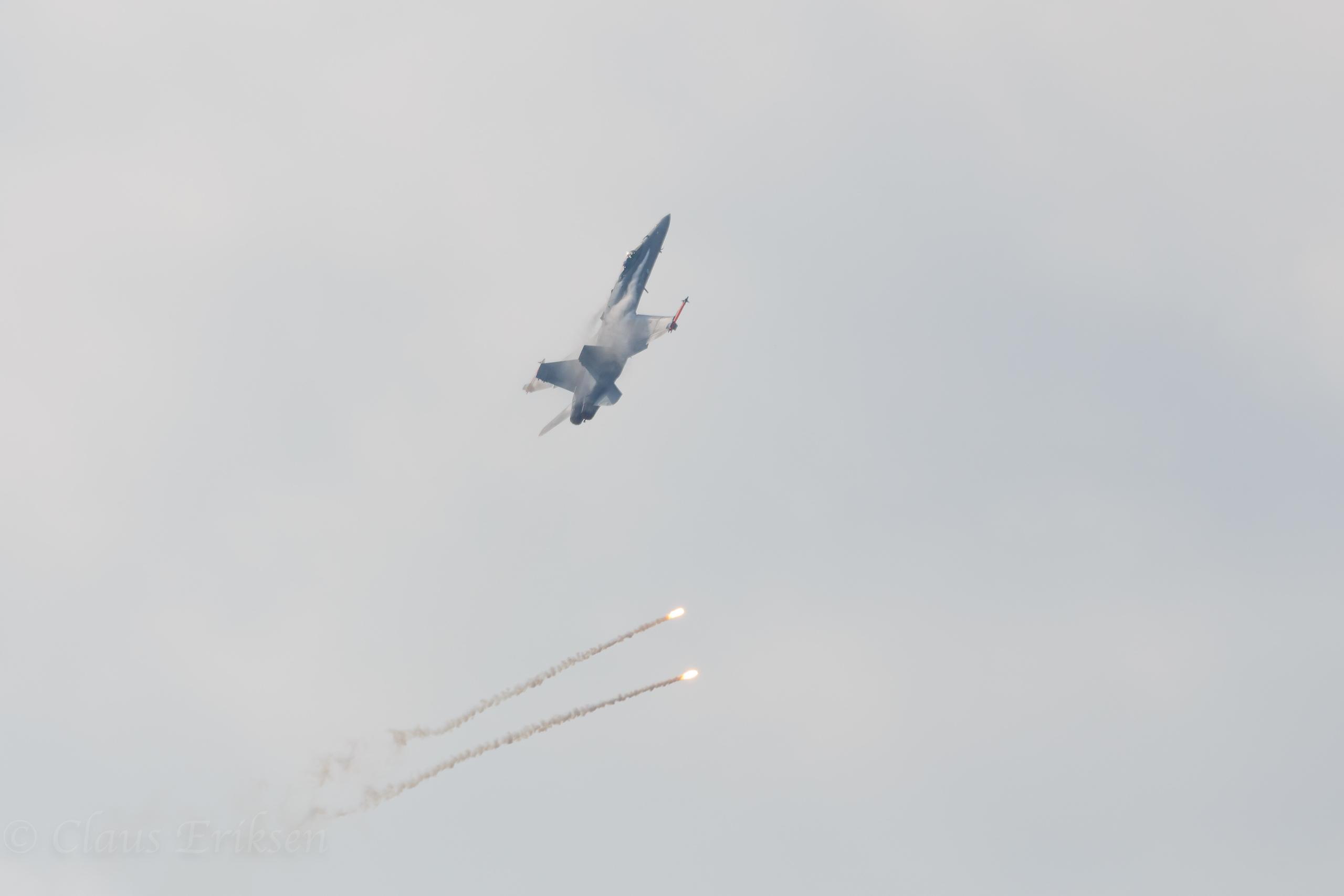 HN-435  more flares