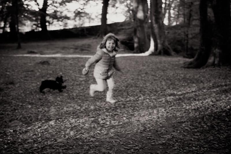 leena-puppy-walk-geox-fujifilm-x100s-tclx100-4.jpg