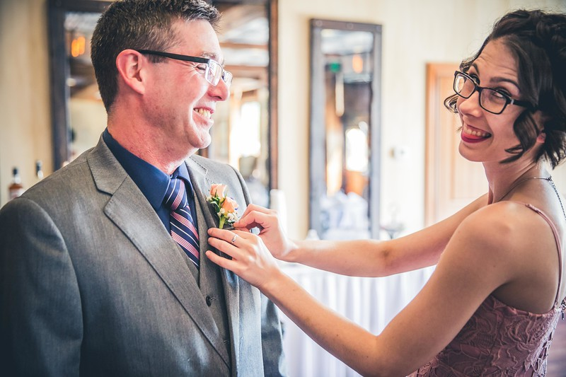 Beloit-WI-Ironworks-hotel-Wedding-Photographere_m_32.jpg