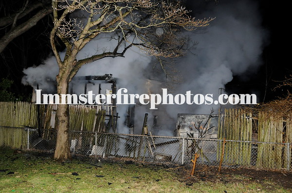 LEVITTOWN SADDLE LANE SHED FIRE